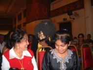 Asisbiz KL Maha Vihara Temple Saranga Dance Group May 2001 21