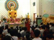 Asisbiz KL Maha Vihara Temple Wesak Day May 2001 30