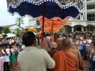 Asisbiz Venerable Dr K Sri Dhammananda Nayaka Maha Thera 82 Birthday Mar 2001 01