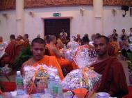 Asisbiz Venerable Dr K Sri Dhammananda Nayaka Maha Thera 82 Birthday Mar 2001 04