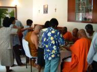 Asisbiz Venerable Dr K Sri Dhammananda Nayaka Maha Thera Dharma Launch May 2001 02