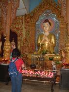 Asisbiz Dhammikarama Burmese Temple main Buddhas Mar 2001 02