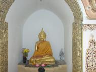 Asisbiz Dhammikarama Burmese Temple main Buddhas Mar 2001 04