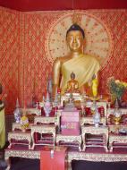 Asisbiz Dhammikarama Burmese Temple main Buddhas Mar 2001 06