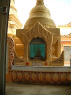 Asisbiz Penang Dhammikarama Burmese Temple Burmah Lane Mar 2001 07