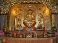 Asisbiz Penang Ke Lok Tempel Ornate Buddhas Mar 2001 11