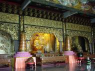 Asisbiz Penang Ke Lok Tempel Ornate Buddhas Mar 2001 14
