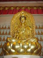 Asisbiz Penang Ke Lok Tempel Ornate Buddhas Mar 2001 17