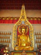Asisbiz Penang Ke Lok Tempel Ornate Buddhas Mar 2001 21