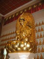 Asisbiz Penang Ke Lok Tempel Ornate Buddhas Mar 2001 24