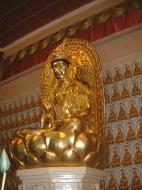 Asisbiz Penang Ke Lok Tempel Ornate Buddhas Mar 2001 25