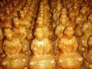 Asisbiz Penang Ke Lok Tempel Ornate Buddhas Mar 2001 28