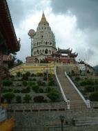 Asisbiz Penang Ke Lok Tempel Ten Thousand Buddhas Pagoda Mar 2001 06