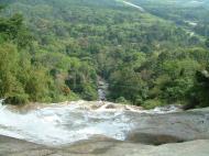 Asisbiz Malaysia Perak Kampar Lata Kinjang Waterfall Mar 2001 02