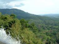 Asisbiz Malaysia Perak Kampar Lata Kinjang Waterfall Mar 2001 06