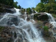 Asisbiz Malaysia Perak Kampar Lata Kinjang Waterfall Mar 2001 14