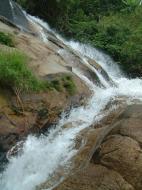 Asisbiz Malaysia Perak Kampar Lata Kinjang Waterfall Mar 2001 21
