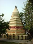 Asisbiz Penang Chinese Monastery pagoda Mar 2001 01