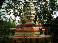 Asisbiz Penang Chinese Monastery pagoda Mar 2001 04