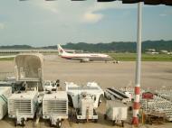 Asisbiz Penang Intl Airport Malaysian Airlines Apr 2001 01