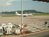 Asisbiz Penang Intl Airport Malaysian Airlines Apr 2001 02