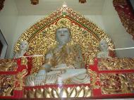 Asisbiz Ipoh Sam Poh Tong Monastery Temple Buddha Jul 2000 01