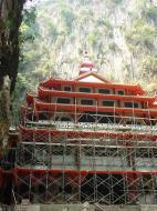Asisbiz Ipoh Sam Poh Tong Monastery Temple Jul 2000 01