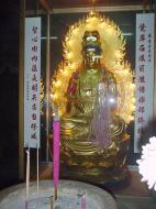 Asisbiz Ipoh San Bao Dong cave main Buddha Jul 2000 06