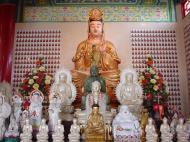 Asisbiz Kuala Lumpur Thean Hou Temple Guan Yin 01
