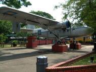 Asisbiz Malacca Twin Pioneer Malaysian airforce FM1064 Mar 2001 03