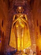 Asisbiz Ananda Pagoda standing Buddhas Pagan Dec 2000 10