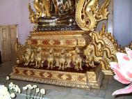 Asisbiz Mandalay Atumashi Monastery main Buddha Dec 2000 03