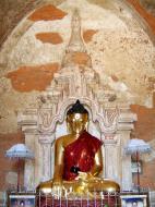 Asisbiz Myanmar Pagan main Buddha statues Nov 2004 04