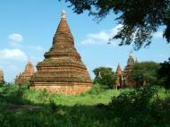 Asisbiz Panoramic views Bagan Myanmar Dec 2000 78