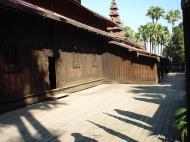 Bagaya Kyaung Monastery or Teak Monastery Jan 2001 05