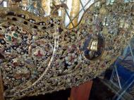 Asisbiz Royal Palace Bronze Buddha diamonds gold and treasures Jan 2010 03