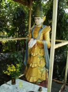 Asisbiz Yangon A Thi Tha Di Bronze Statue spiritual guardians Dec 2009 01