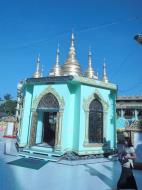 Asisbiz Yangon Botahtaung Pagoda Royal Palace main pagoda pond Jan 2010 05