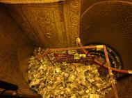 Asisbiz Yangon Botahtaung Pagoda Royal Palace sacred hair relic money pit 2010 02
