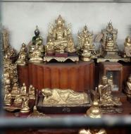 Asisbiz Yangon Botahtaung Pagoda Royal Palace sacred hair relic treasures 2010 04