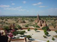 Asisbiz Pagan Dhamma ya zi ka Pagoda Dec 2000 07
