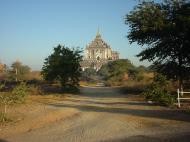 Asisbiz Bagan Gawdawpalin Temple Myanmar Jan 2001 01