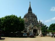 Asisbiz Bagan Gawdawpalin Temple Myanmar Nov 2004 16