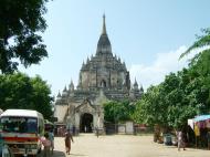 Asisbiz Bagan Gawdawpalin Temple Myanmar Nov 2004 21