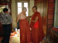 Asisbiz Hmawbi Monastery Ordination Ric and Ree Dec 2000 08