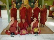 Asisbiz Hmawbi Monastery Ordination Ric and Ree Dec 2000 19