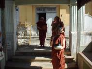 Asisbiz Hmawbi Monastery Ordination Ric and Ree Dec 2000 21