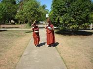 Asisbiz Hmawbi Monastery Ordination Ric and Ree Dec 2000 22