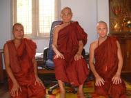 Asisbiz Hmawbi U Thuriya visiting other monks Jul 2000 02