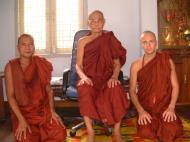 Asisbiz Hmawbi U Thuriya visiting other monks Jul 2000 03